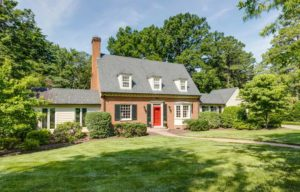 3807 Sulgrave Road in Windsor Farms